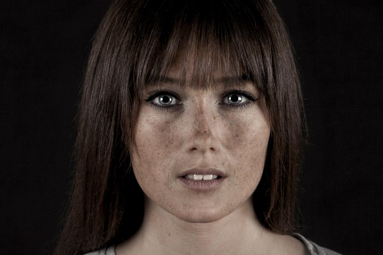 nonverbal-artwork-faces-18